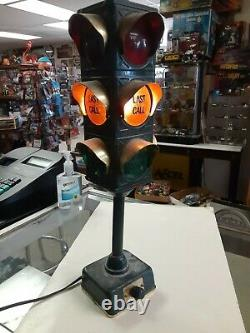 B&B BAR LAMP STOP LIGHT/TRAFFIC SIGNAL VGC 1960's WORKS LOOK HARD TO FIND