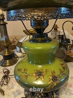 Vtg Gone With Wind Lamp green with Applied Gold Flowers Ornate Tested and works